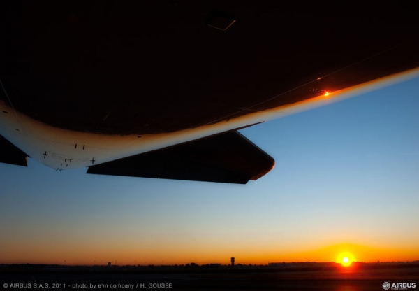 Sun rising on China Southern\'s first A380.