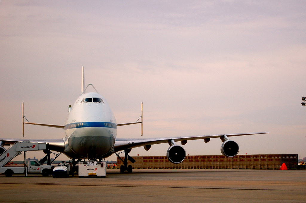 Shuttle Carrier Aircraft, sans shuttle. (Photo by Guy Dickinson, CC BY-SA)