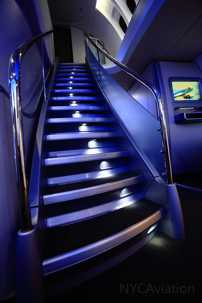 747-8I staircase