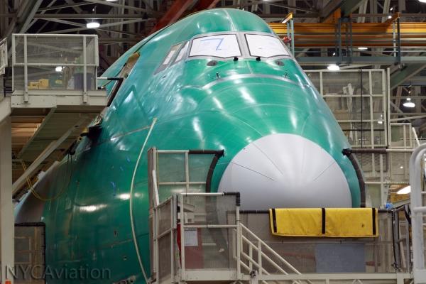 747-8F nose