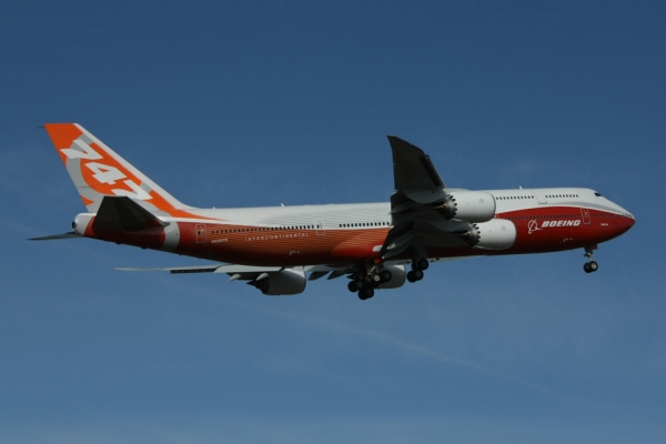 Photos Boeing 747 8 Intercontinental Takes Off On First