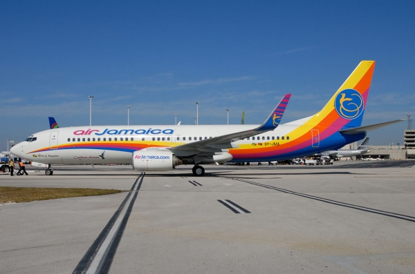 Air Jamaica 737-800 9Y-JMA at FLL. (Photo by Art Brett)