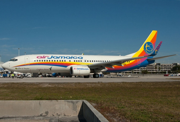 Air Jamaica 737-800 9Y-JMA at FLL. (Photo by Mark Lawrence)