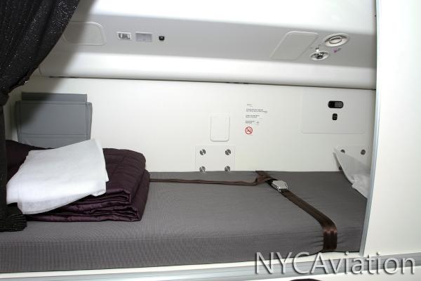 Crew rest bunk
