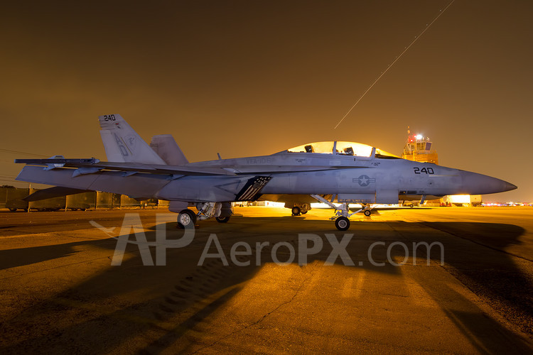 An F-18 parked at FRG's American Airpower Museum for the Jones Beach Airshow. (Photo by Cary Liao)