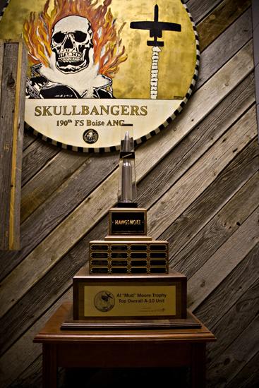 Hawg Smoke Trophy