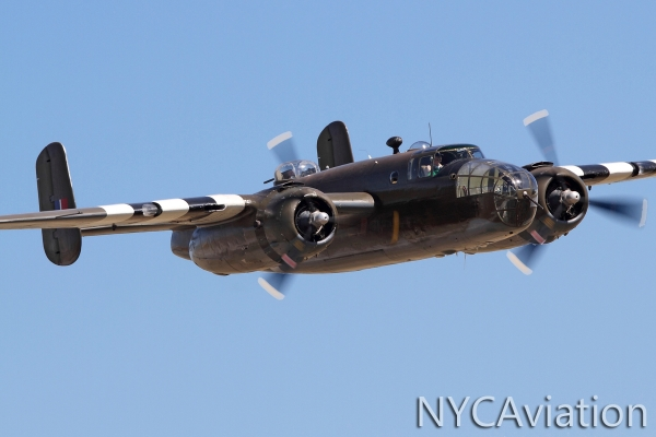 Another B25 low pass, this time during Skyfest 2010 at Fairchild AFB.