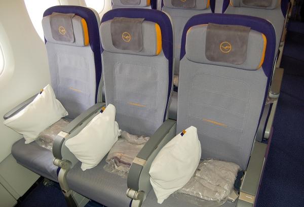 PHOTOS: Lufthansa Begins First Airbus A380 Service to ...