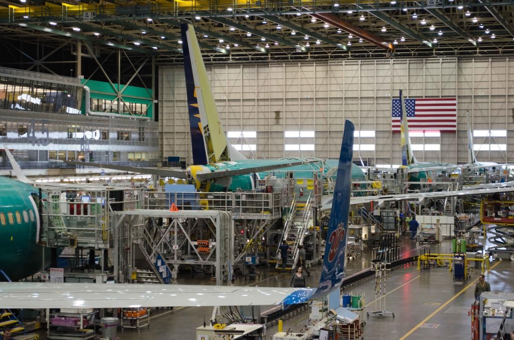 Photos: Boeing Renton 737 Factory Tour ...