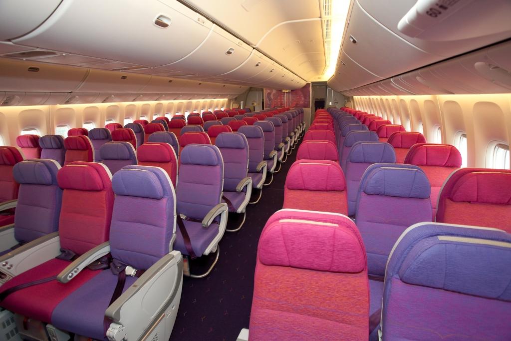Photos Thai Airways Receives Second 777 300er