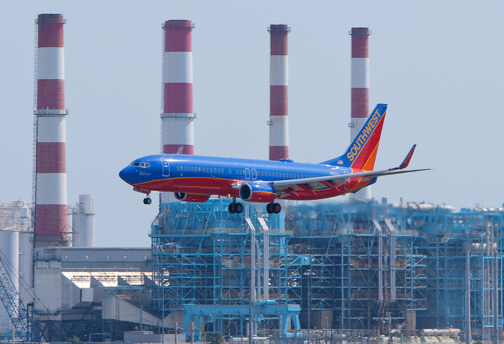 Why Southwest's First Boeing 737-800 Is Kind of a Big Deal [with