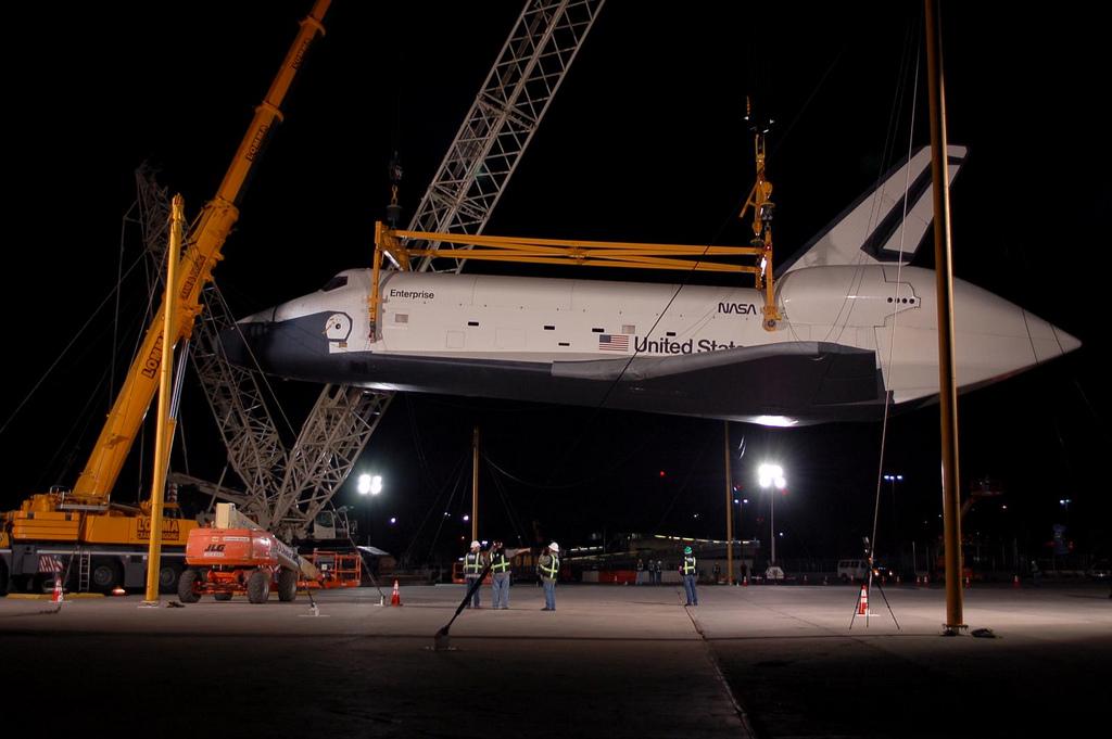 space shuttle enterprise cockpit - photo #38