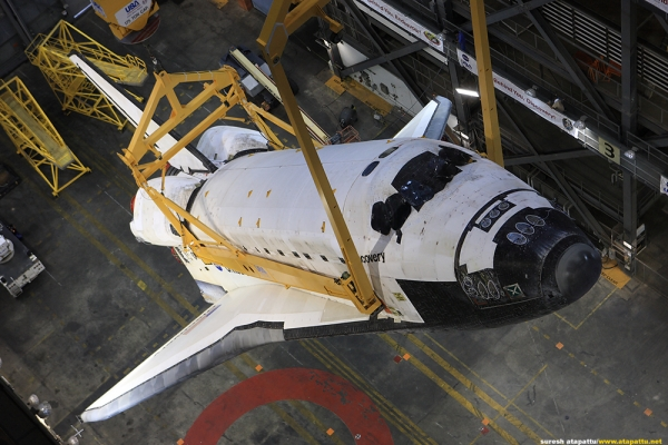Space Shuttle Discovery during mating with external fuel tank and solid rocket boosters in the Vehicle Assembly Building. (Photo by Suresh Atapattu)