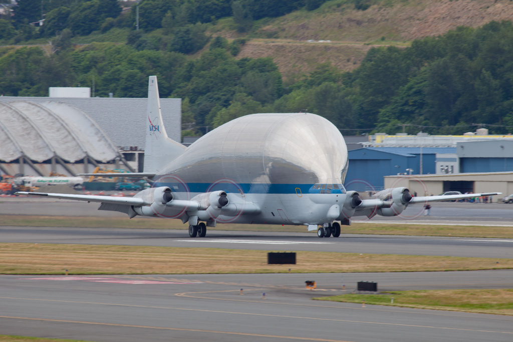 The Super Guppy then returned to Boeing Field and touched down on runway 13L and taxied to the entrance to the Museum of Flight parking lot where it was then tugged in to position for unloading. (Photo by Liem Bahneman/NYCAviation)