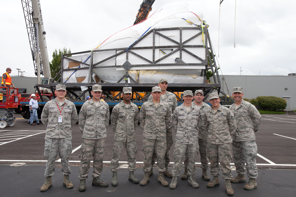 Airmen of the 62nd Aerial Port Squadron from McChord Air Force Base operated the Tunner vehicle. (Photo by Liem Bahneman/NYCAviation)