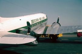 dc-3-ozark-airlines-n134d-mdw-0761-a-wja