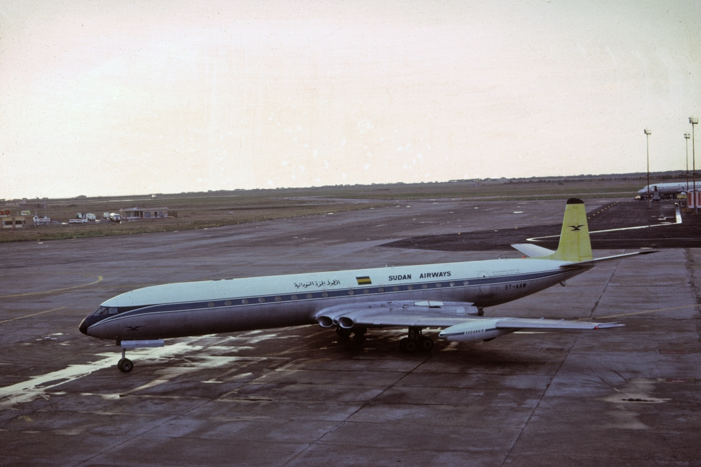comet-4-sudan-airways-st-aaw-rome-103166-wja