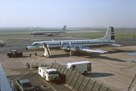 cl-44-icelandic-airlines-tf-llf-jfk-82666a-wja