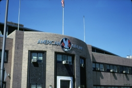 airports-new-york-lga-american-airlines-hanger-old-signs-090769-wja