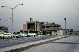 airports-new-york-lga-marine-terminal-b-020869-wja