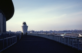 airports-new-york-lga-observation-deck-010883-wja