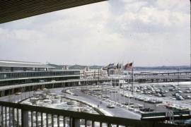 airports-new-york-lga-overall-view-no-parking-garage-032165-wja
