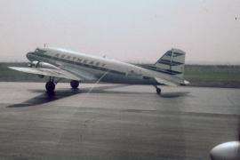dc-3-northeast-airlines-n14987-lga-042559-wja