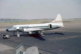 cv-340-united-airlines-n73127-bos-0658-b-wja