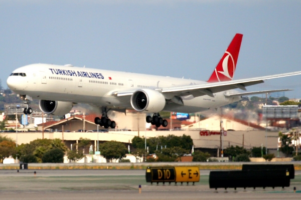 Turkish Airlines first flight lands at LAX. (Photo by Stephen Shrank/NYCAviation)