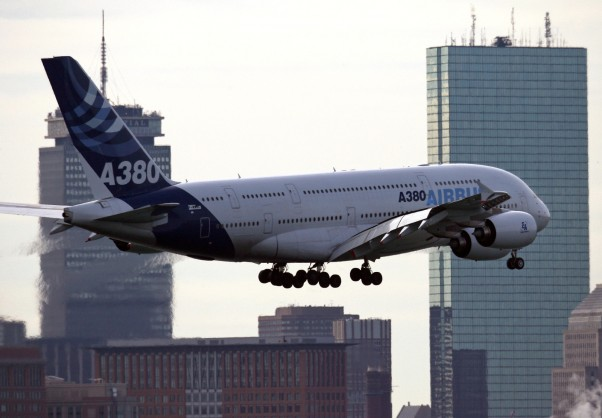 The Airbus A380 passes the Prudential Building in Boston while approaching Runway 33L. (Photo by Mark Garfinkel)