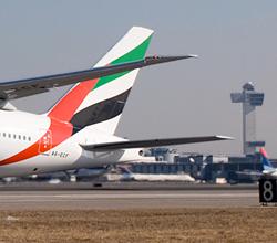 emirates-takeoff-250
