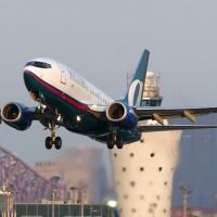 AirTran 737-700 departing off of runway 13 at LaGuardia Airport