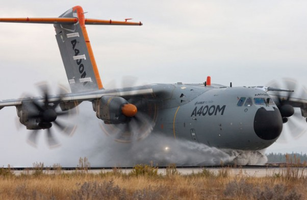 A400M-water-ingestion-620