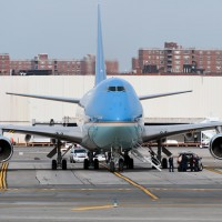 Photo of the Day: Air Force One hangs out at JFK while the President does his thang in NYC. (Photo by Manny Gonzalez)