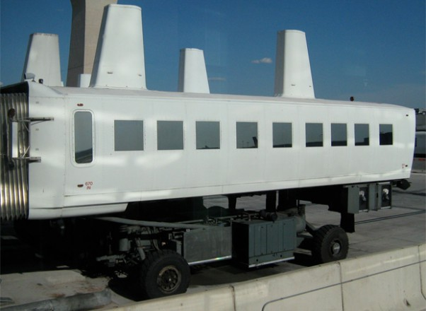 dulles-people-mover-620