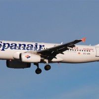 Spanair Airbus A320 (EC-IZK) on approach to Madrid Barajas. (Photo by Gordon Gebert Jr.)