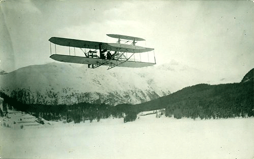 Engelhard in March 1910 flying over St. Moritz area. [Image: Dokumentationsbibliothek St. Moritz]