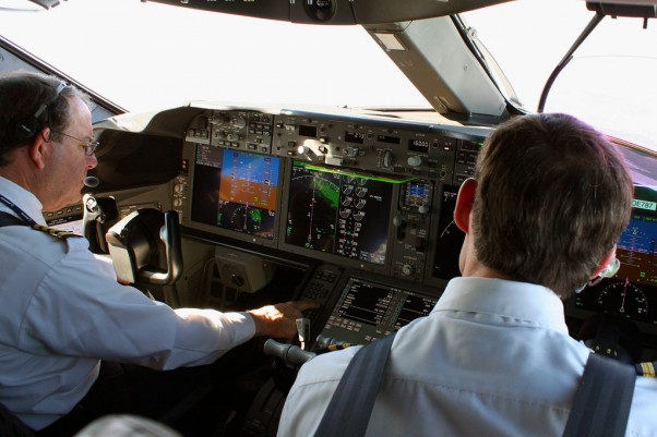 On the 787 flight deck during our flight from Boston to Newark