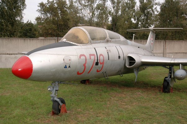 Aero L-29 Delfin on display at the Museum of Hungarian Aviation.