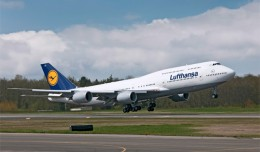 Lufthansa's first Boeing 747-8 Intercontinental (D-ABYA) takes off on a test flight. (Photo by Boeing)