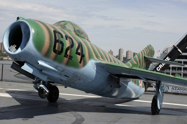 The tail-heavy MiG had weights in the nose to keep it down on display, but immediately tilted back to its tail when some of the weights were removed prior to lifting. (Photo by Matt Molnar/NYCAviation)