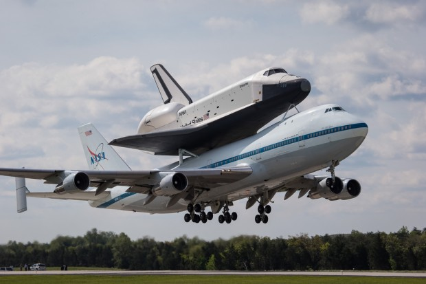Taking off from Dulles for the flight to New York City. (Photo by NASA/Scott Andrews)