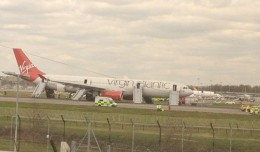 Virgin Atlantic Flight 72, an Airbus A330-300 (G-VSXY) sits on the runway at Gatwick with its emergency slides deployed. (Photo by Lorna Wilson via Twitter)