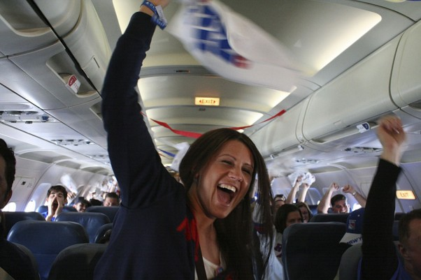 Passengers wave Rangers rally towels during their seven minute flight. (Photo by Matt Molnar)