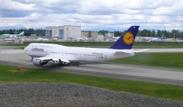 Lufthansa's first Boeing 747-8 Intercontinental taxis for departure to Frankfurt. (Photo by Chris Sloan/Airchive.com)
