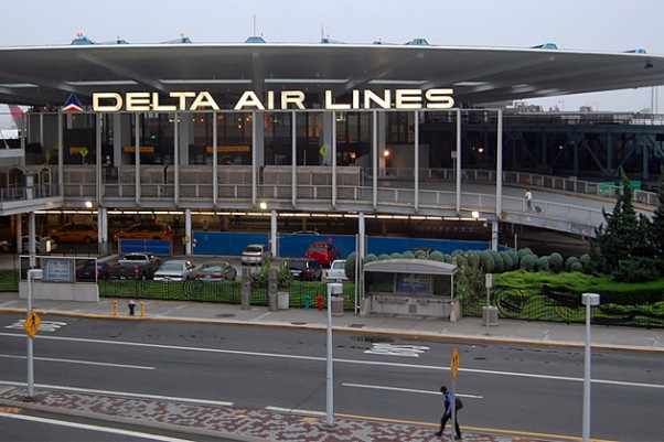 Delta Terminal 3 at JFK Airport. (Photo by reallyboring via Flickr, CC BY-NC-SA)