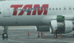 TAM Airbus A320 with broken engine cowling