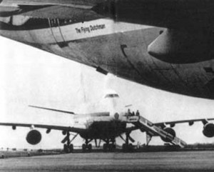 Both aircraft photographed while waiting on the Tenerife holding pad prior to the accident.