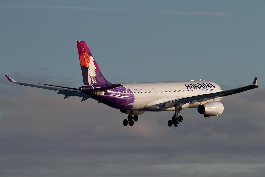 Hawaiian Airlines Says Aloha To New York