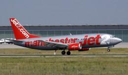 "Jet2.com Boing 737-300 (G-CELI) ""Manchester Jet"". (Photo by Juergen Lehle, CC BY-SA)"